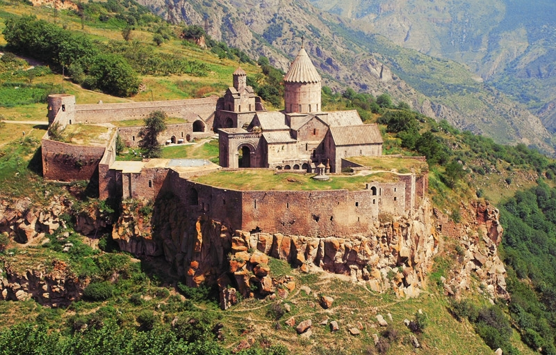 Koning Aap: Rondreis ARMENIË - 14 dagen; Khatchkars, kloosters en sneeuwtoppen