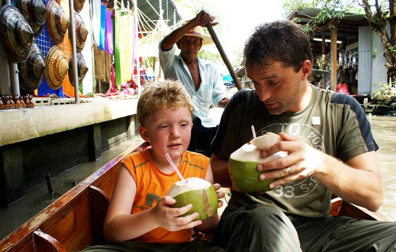 Familiereis NOORD-THAILAND - 15 dagen; Boeddha's, palmen en watervallen