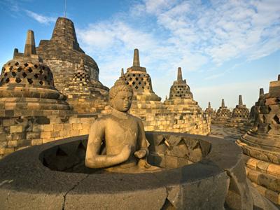 Shoestring: Groepsreis Indonesië: Sumatra, Java & Bali ; Land van Tempo Doeloe